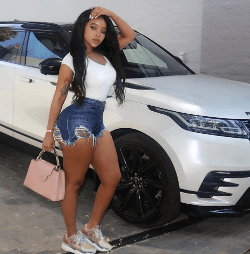 South african woment who are driving range rovers